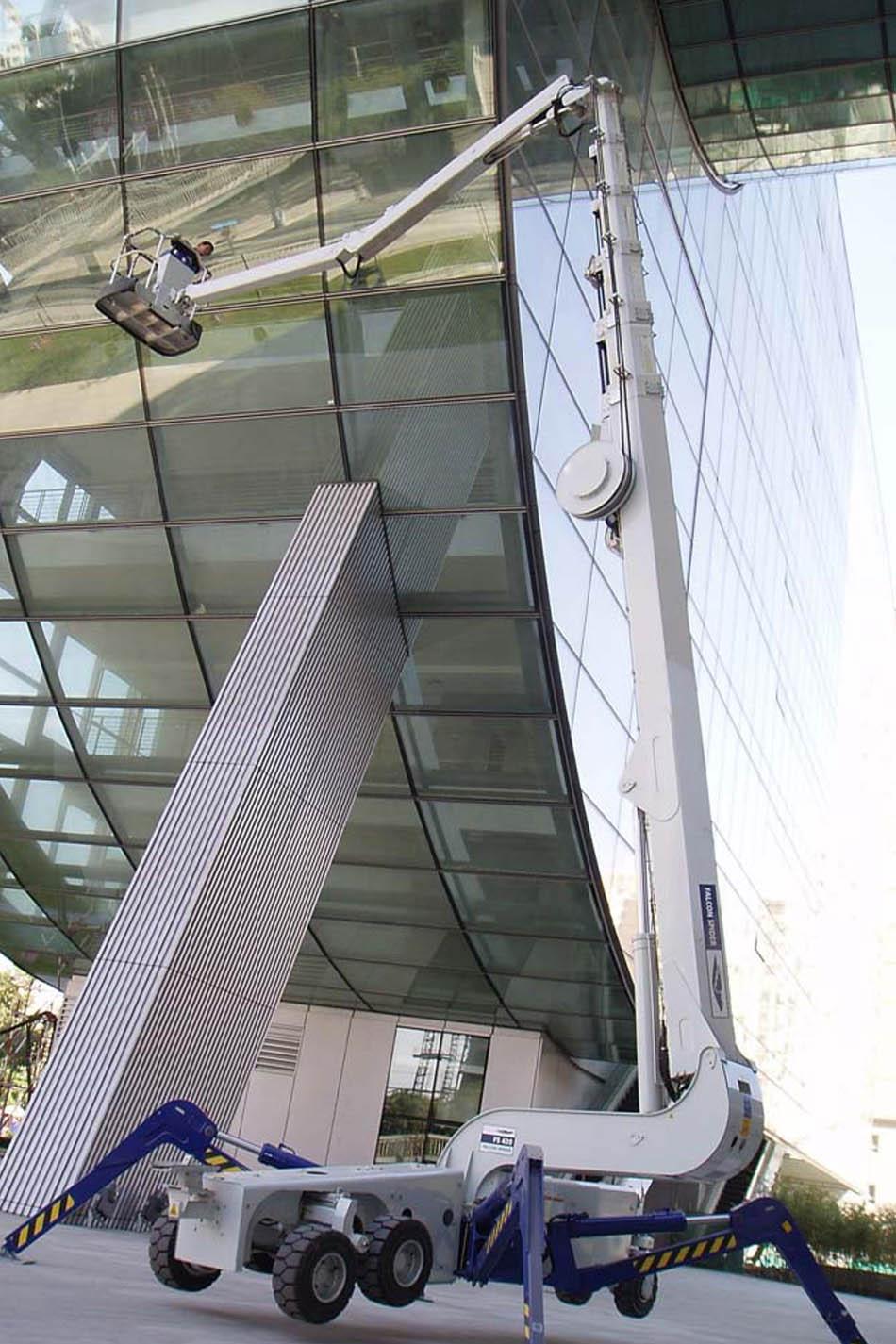 42米橡胶轮胎蜘蛛式升降机